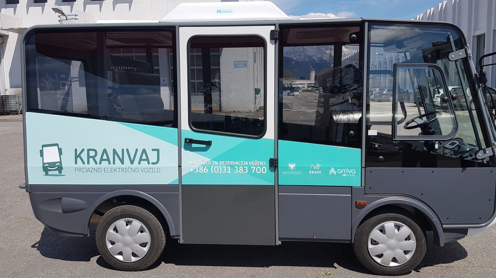 A free dial-a-ride transit service is intended for all citizens and other passengers, particularly the elderly users, the disabled and users with other motor impairments.